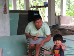 mom-and-son-who-lived-under-panama-house